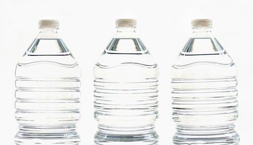 Clear_water_bottles.jpeg